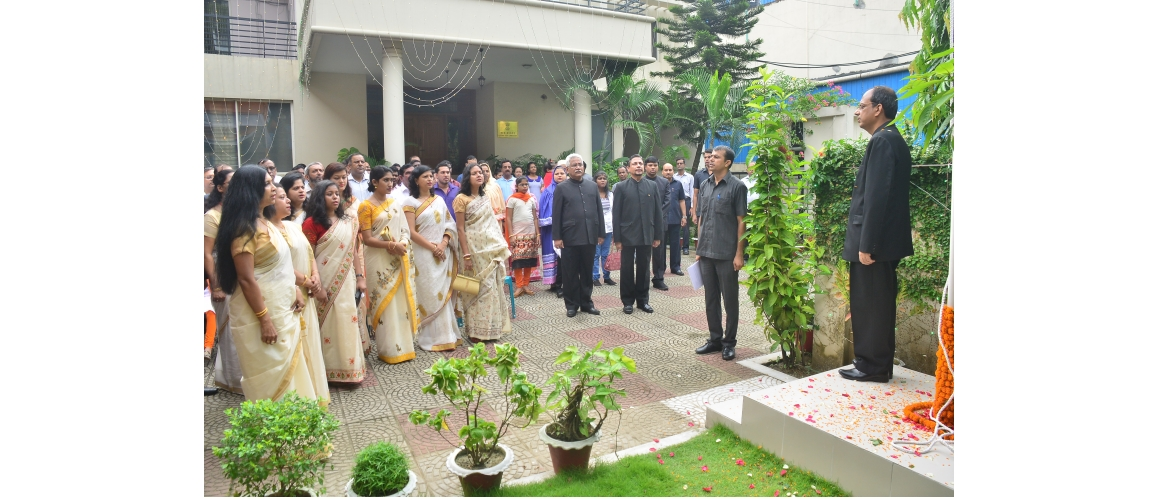 A flag hoisting ceremony was held on 15.8.2019 at the Assistant High Commission of India, Chittagong. It was attended by a large number of Indians from different parts of the city. A short cultural programme was organized. The AHCI, Chittagong choir Group sang few patriotic songs